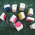 Un jeu de blocs à empiler pour thaïs