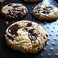 Cookies aux pépites de chocolat valrhona...