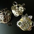 Broches steampunk: rouages, horloge et piraterie...