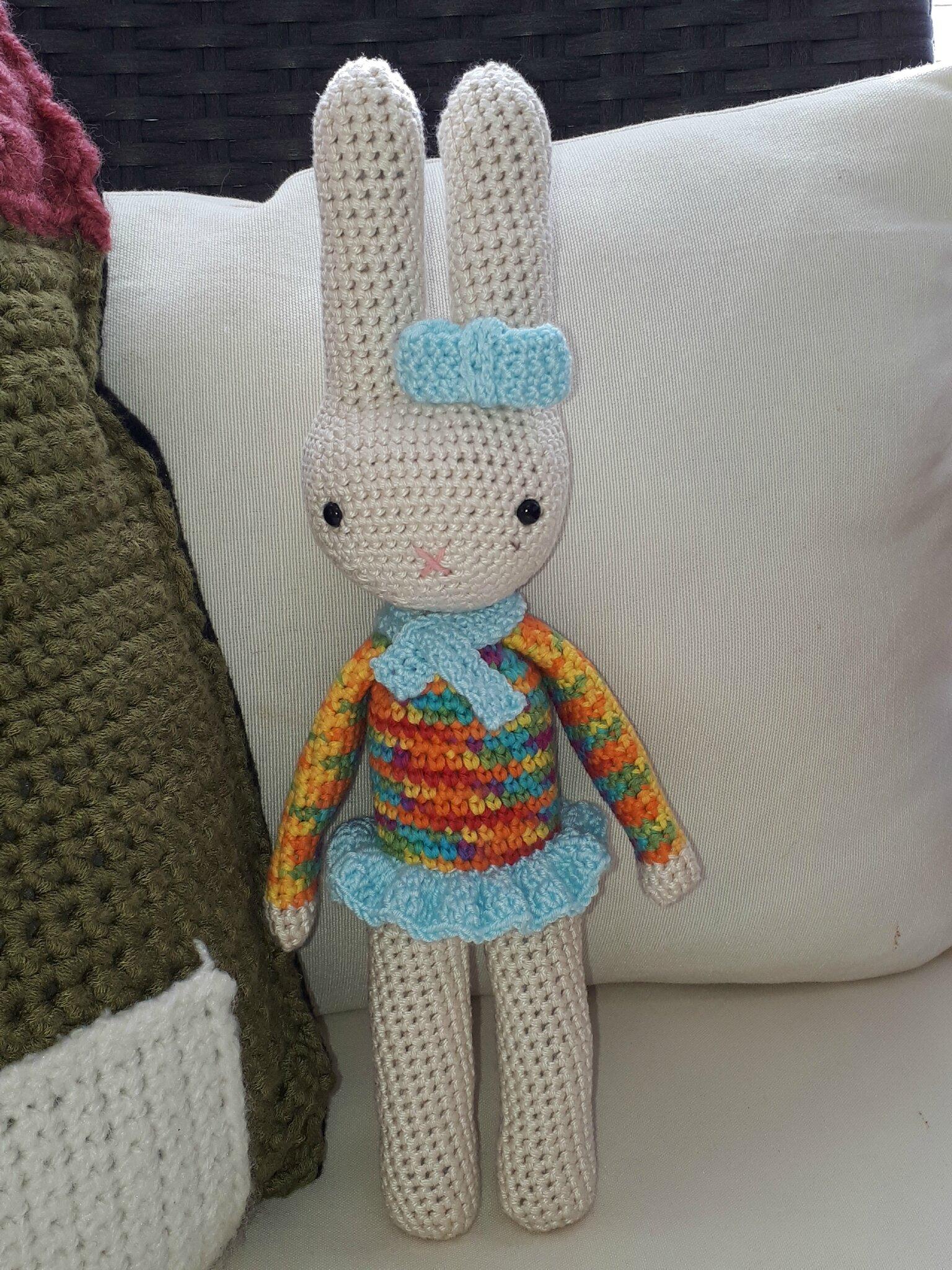 Léonie la lapine, le joli crochet d'après Coton&Gourmandises