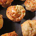 Muffins oignons lardons