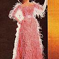Modèle porté par un mannequin de la Maison Balenciaga, vers 1965 © DR