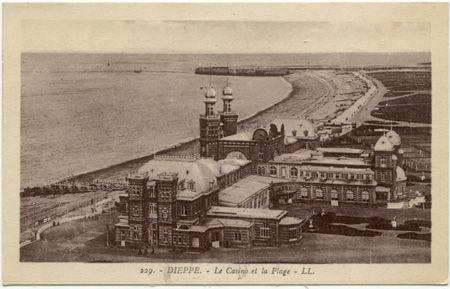 76 - DIEPPE - Casino et plage