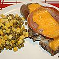 Echine de porc, pancetta et cheddar à la plancha