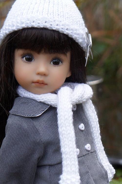 Première tenue d'hiver pour Hélène , Little Darling de Lana Dobbs