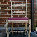 Une chaise à relooker eleonore deco....et de trois