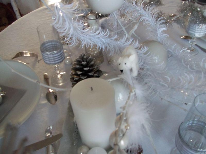 table blanche de Noël.