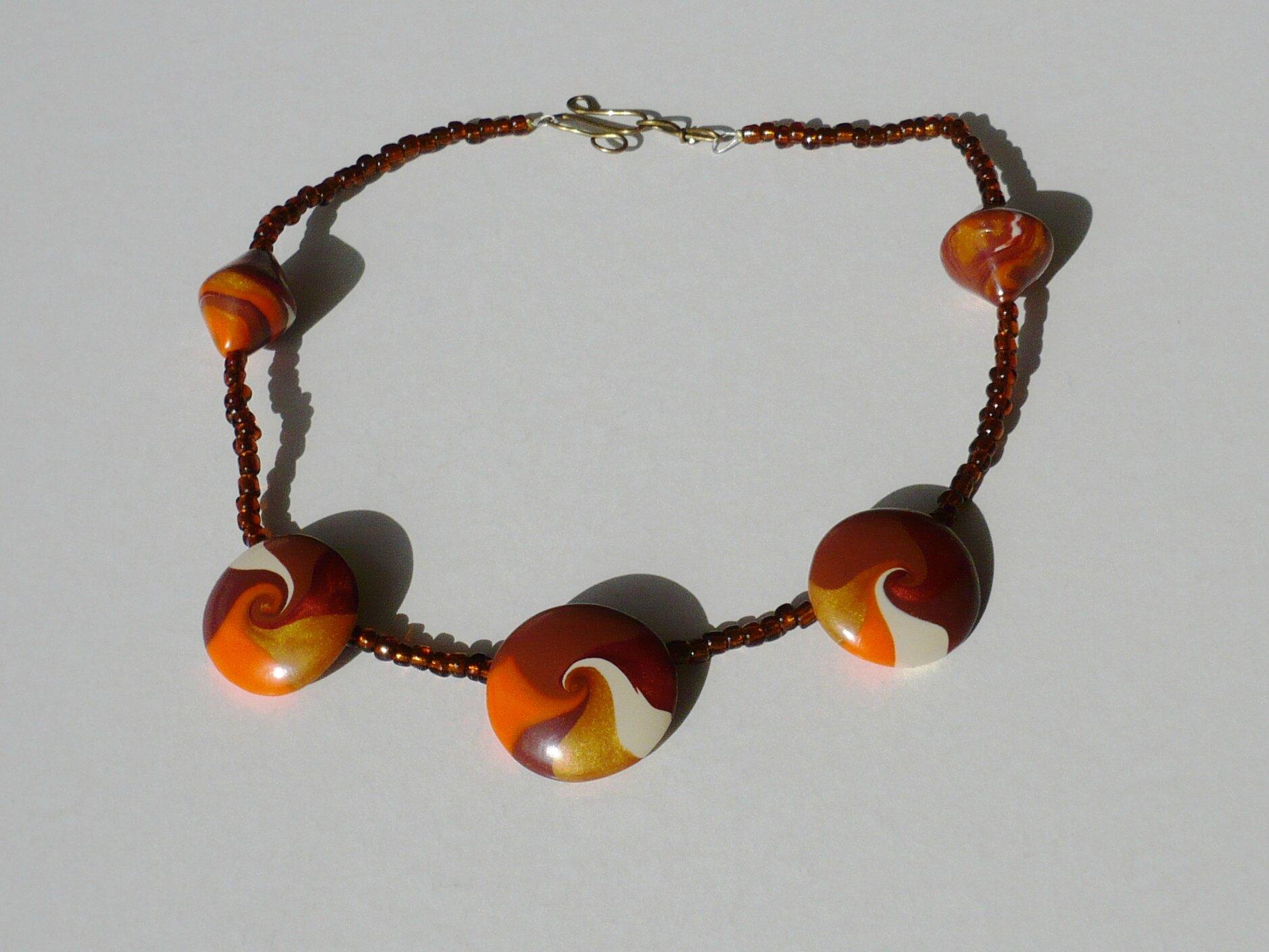 collier swirl marron