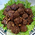 Boulettes de porc aux cacahouètes