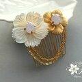bijoux-mariage-peigne-mariée-bohème-chic-fleur-en-nacre-fleur-vintage-et-cabochons-cristal-karen