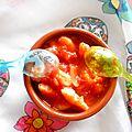 Les crevettes a l'ail et a la tomate (la recette qui fait deux en un ouééééééééé)