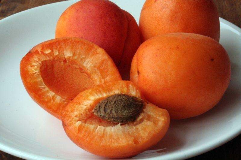 07-Fruit frais abricots