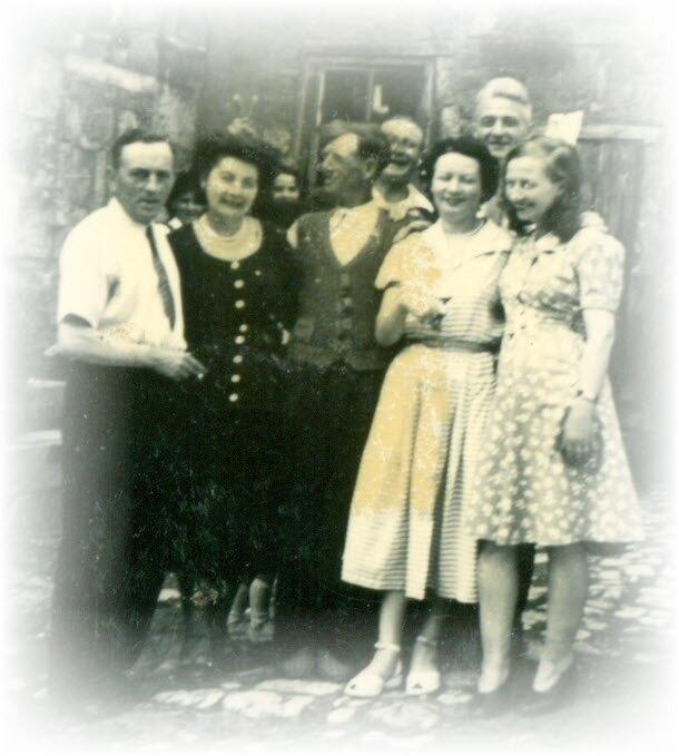 Famille MENOT-DEVILLERS-MONNIER-CARON-MONTCHANIN