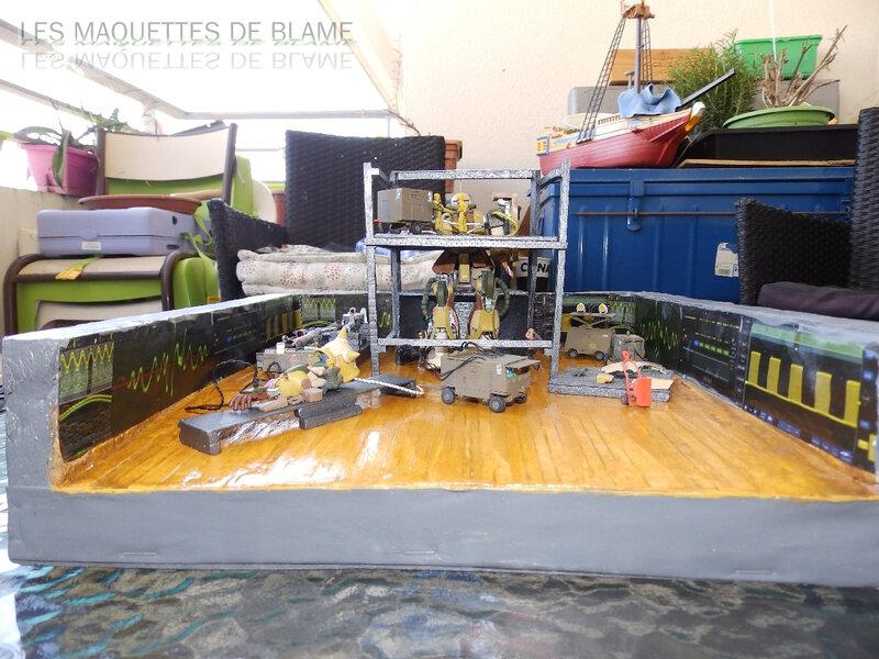 Diorama 1960 PROJET VENGEANCE - En cours de montage, décoration Blame Custom - Bandaï MS-06F ZAKUII 1/144  et Hasegawa US Aerospace ground equipment set 1/72 - Page 2 119834186
