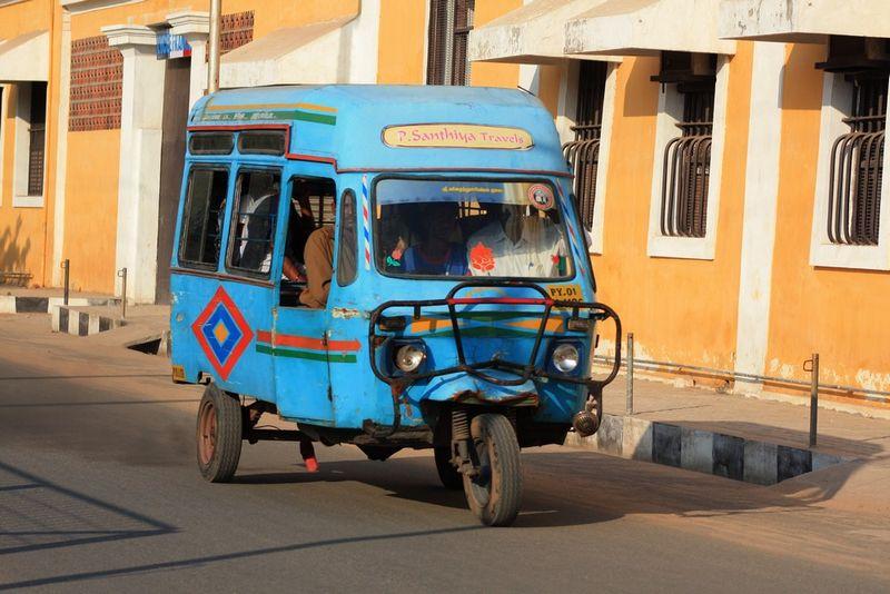 Big auto-rickshaw