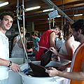 P1100683_la vaisselle en collectivité à TAIZE