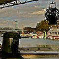 Atmosphère sur le port de l'Arsenal.