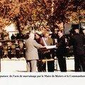 Signature de l'acte de marrainage par le Maire de Bézieres et le comandant CHEZE