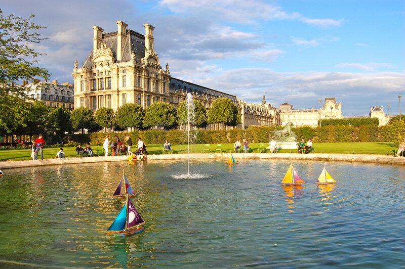 LOGISTIQUE et ECONOMIE MARITIME dans l'estuaire Normand: POURQUOI ce qui marche ailleurs ne marche pas chez nous?