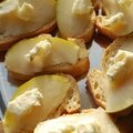 Toasts poires & gorgonzola
