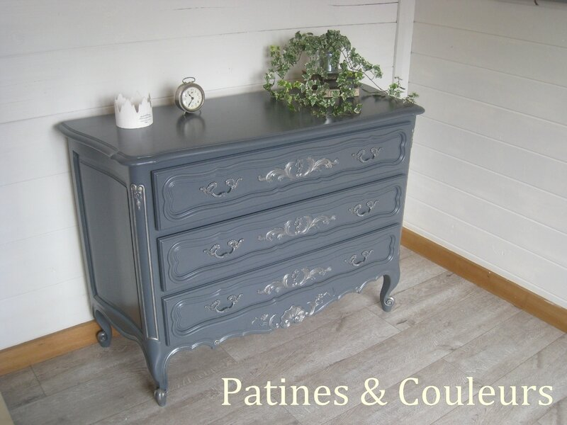 un banc coffre relook patines couleurs. Black Bedroom Furniture Sets. Home Design Ideas