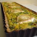 Une tarte aux épinards, raisins et fromage de chèvre, pour retrouver des forces.
