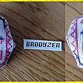 2013_016_biscornu love to stitch
