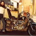 Doumé et sa Harley