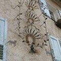 Fer forgé en façade à Moustiers