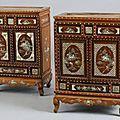 Paire de cabinets ouvrant par deux portes et un tiroir en bois de rose, Indochine, Vietnam, fin du XIXème siècle