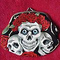 VENDU - Grand porte-monnaie Skull & Roses.