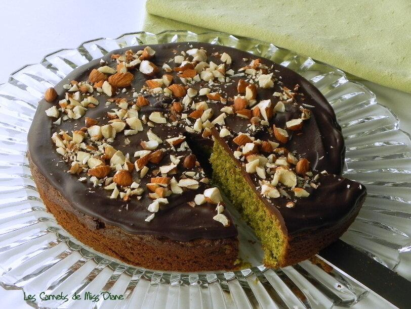 Gâteau au thé Matcha et aux amandes, sans gluten et sans lactose