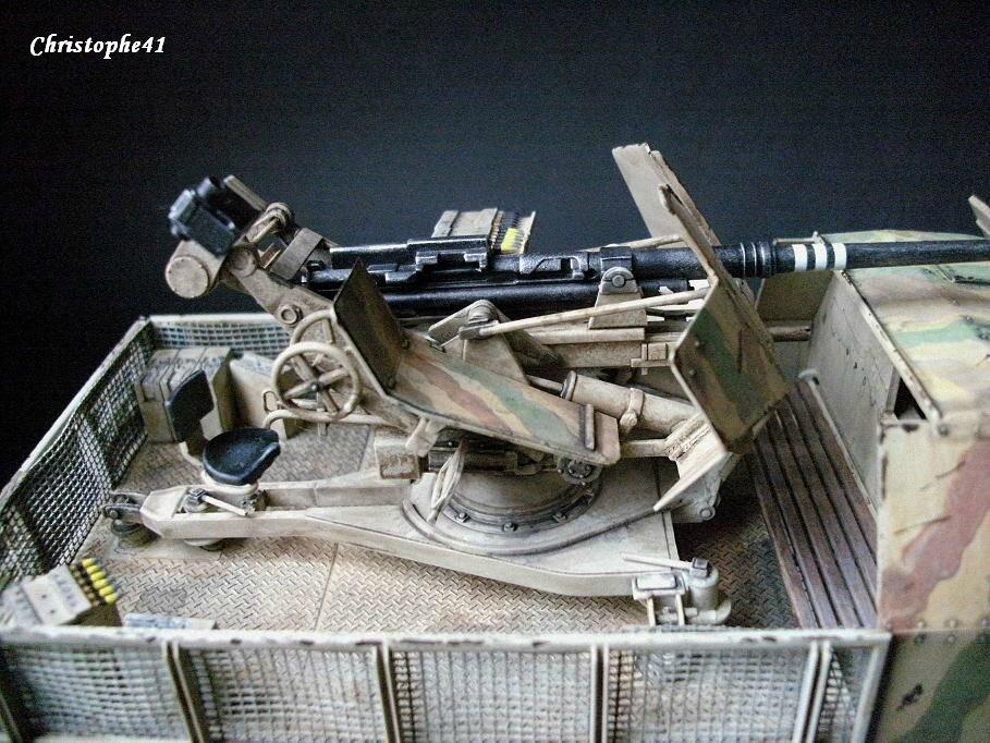 SdKfz 7/2 armé d un canon Flak 37 L98 de 37 mm PICT1353