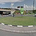 Rond-point à <b>Johannesburg</b> (Afrique-du-Sud)