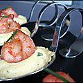 <b>Cuillère</b> Gourmande : crevette caramélisée, sauce aux oeuf et au curry