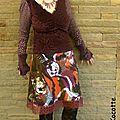 Couture : une robe pourpre velours pour noël