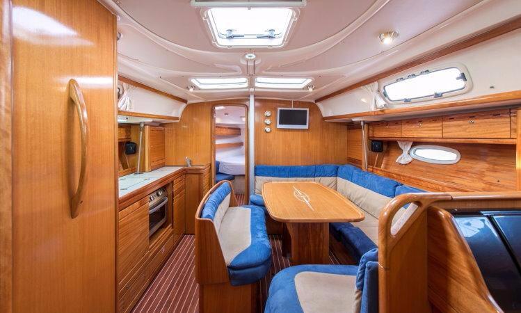 yacht_Bavaria39Cruiser_Kalydna_2006_11_750