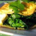 Crepe d'omelette farcie aux epinards et chevre frais