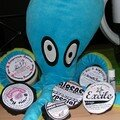 Kraken est mégalove des savons demibouboule de Nin-8, de son shampoing en barre et de son rouge à lèvres pour draguer les poulpes !