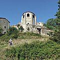 Bourg féodal de Chambles et presqu'île du <b>Châtelet</b> 42170
