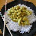 Emincé de dinde au curry et à la crème