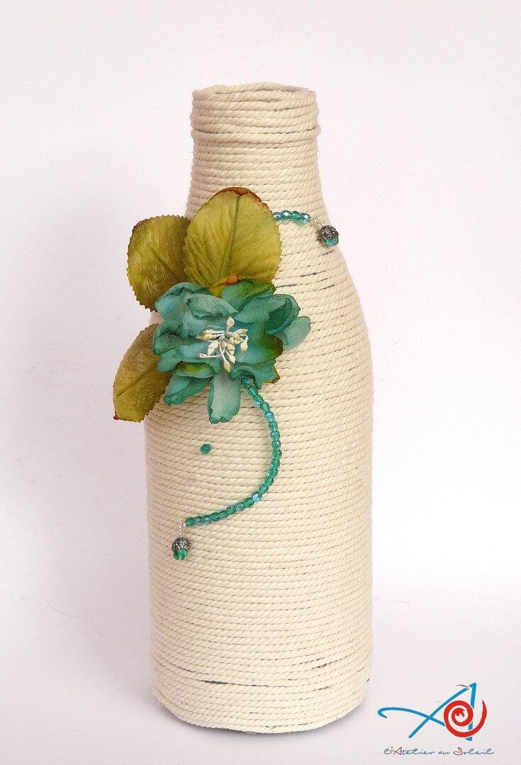Bouteille décorée - Decorated bottle