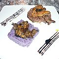 Tournedos de cerf et son <b>foie</b> <b>gras</b> <b>poêlé</b>, et son écrasée de vitelottes aux champignons.