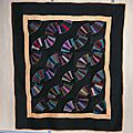 21-Quilts Amish