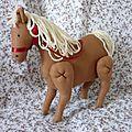 Tornado le petit cheval... style tilda mais par valinette à la vanille