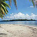 TAHA'A (Île Vanille) 13 - Plage motu pique nique