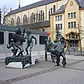 Luxembourg (50)