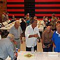 MIREVAL : Le repas champêtre des <b>Humoristes</b> s'est déroulé à l'intèrieur du centre culturel