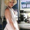 <b>Pauley</b> <b>Perrette</b> déguisée en Marilyn Monroe