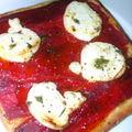Tartes fines aux poivrons grilles et au fromage de chevre